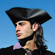 Captain Jack Tricorn Hat. Windlass Steelcrafts. Sombrero Capitan. Marto