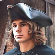 Captain Jack Tricorn Hat. Windlass. Sombrero Capitan. Marto