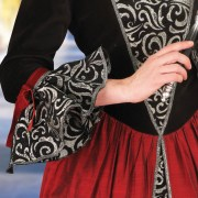 Commedia dellarte Gown. Windlass. Vestido Italiano